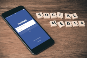 comprar-seguidores-facebook